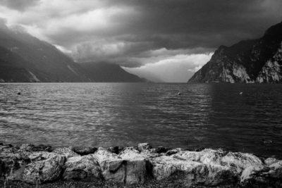 Gardasee Schwarz-Weiß